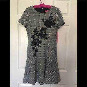 Betsy Johnson dress 8 zipper in back black & white